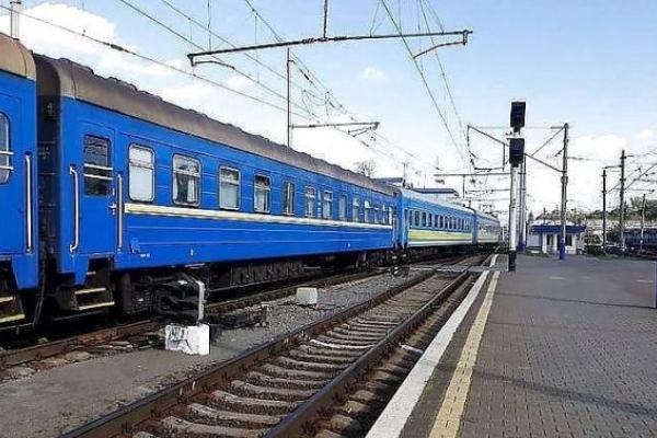 Львівська залізниця через епідситуацію знову змінила графік руху поїздів