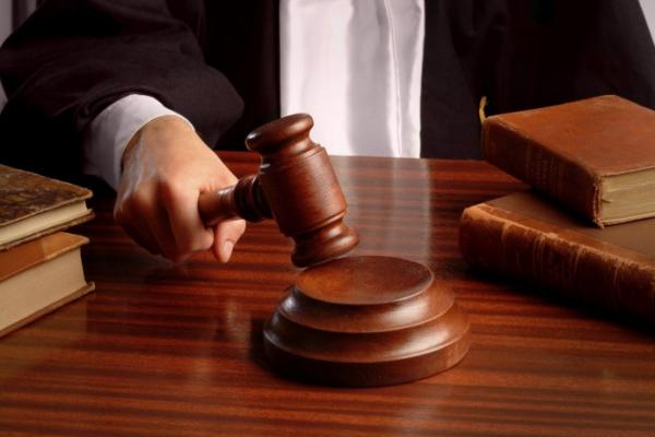 На лаві підсудних опинилися посадовці фітосанітарної служби