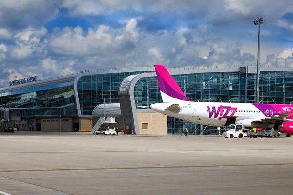 Wizz Air відновлює рейс зі Львова до Польщі (Фото)