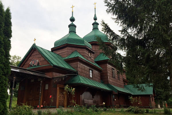 За два кроки від Львова. Храми Пикулович та Борщович (Фото)