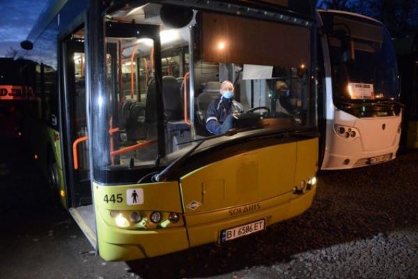 У Львові виїдуть на маршрути 8 екоавтобусів