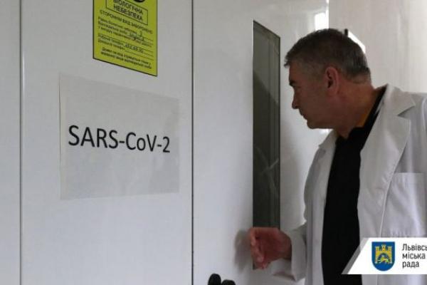 На Львівщині 400 нових інфікованих коронавірусом