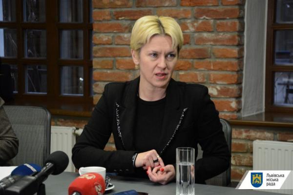Львівському аеропорту провели обшуки - директорка каже про «напад на роботу аеропорту»