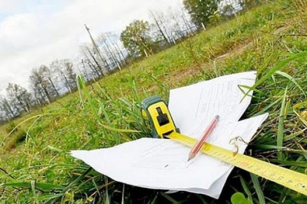 На Золочівщині завдяки прокуратурі землі вартістю майже 71,5 млн грн повернуто у державну власність