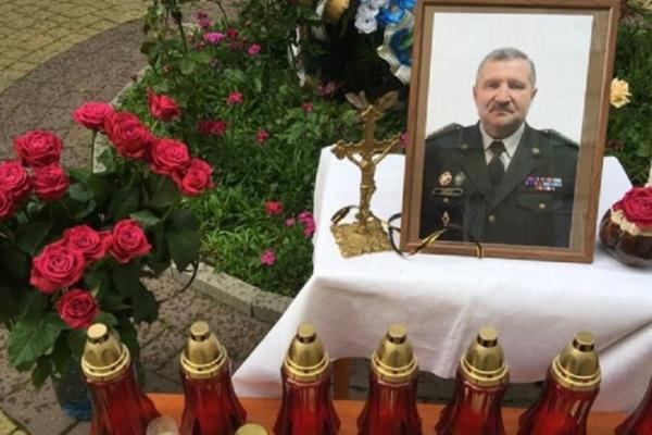Сім'я померлого від COVID-19 начальника Військового госпіталю досі не отримала допомогу