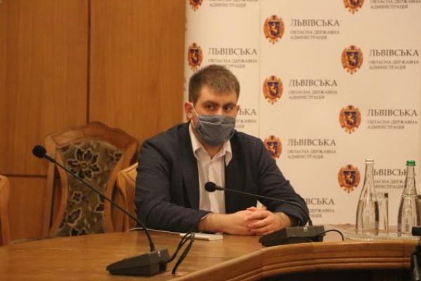 На хабарі затримали начальника управління капітального будівництва ЛОДА