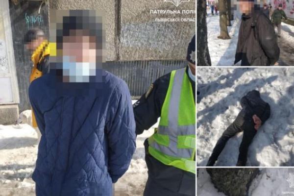 У Львові в обід поліція затримала вуличних грабіжників