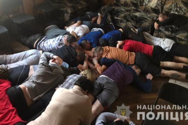 Поліцейські Львівщини звільнили більше як 50 осіб, яких використовували як рабів (Фото)