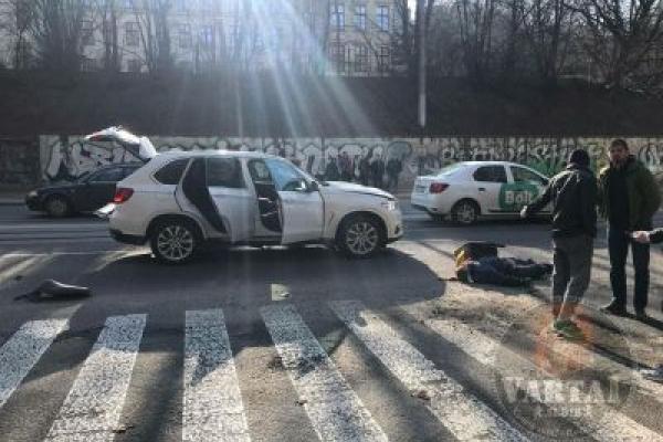 У Львові водій на «BMW» на смерть збив кур'єра
