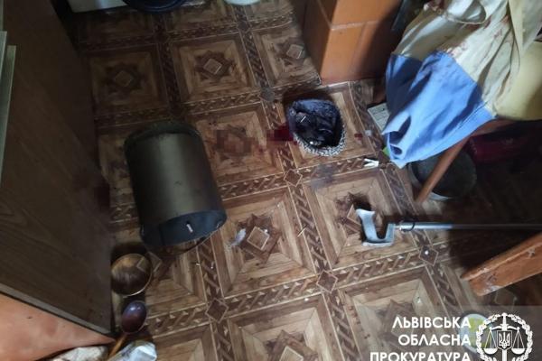 В ході бійки чоловік наніс декілька ударів ножем пенсіонеру з Львівщини
