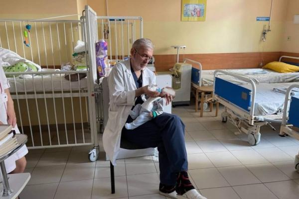 У львівському «Охматдиті» прооперували малюка від якого відмовились батьки
