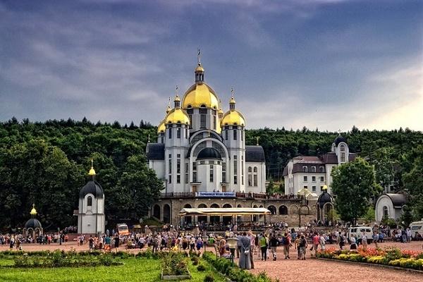 Львів'ян запрошують на Всеукраїнську прощу до Зарваниці